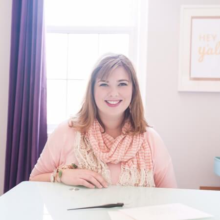 Sarah Bohl Headshot